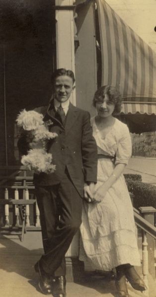 Franz Georg Leopold Lessiack and Margaret Spielmann Lessiack, New Jersey, 1917. Photographer unknown.