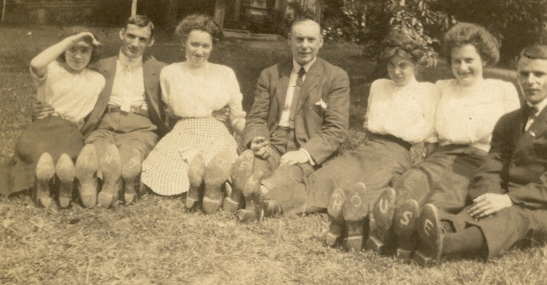 Grand View House written on shoes, Margaret far left
