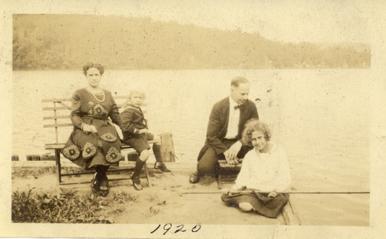 """July 1921"" on back, but 1920 on front. Neither of those dates can be correct, based on the size of the children."